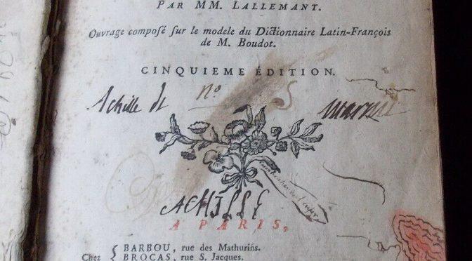 Exposition sur les dictionnaires (musée Garret-Vesoul)